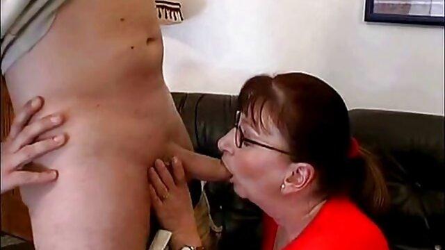 Black o filme de sexo da brasileirinha 4on1 Gangbang For Hot Babe Silvia Dellai